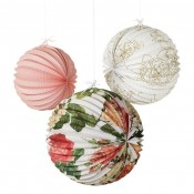 PomPoms, Lanterns & Paper Decorations (48)